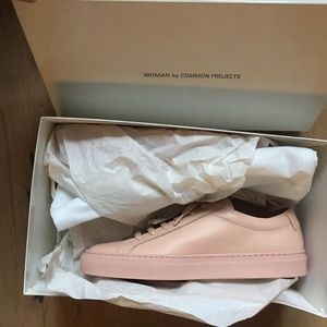 WOMAN by COMMON PROJECTS Achilles Low - Light Pink